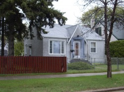 East Kildonan - Winnipeg Houses For Rent